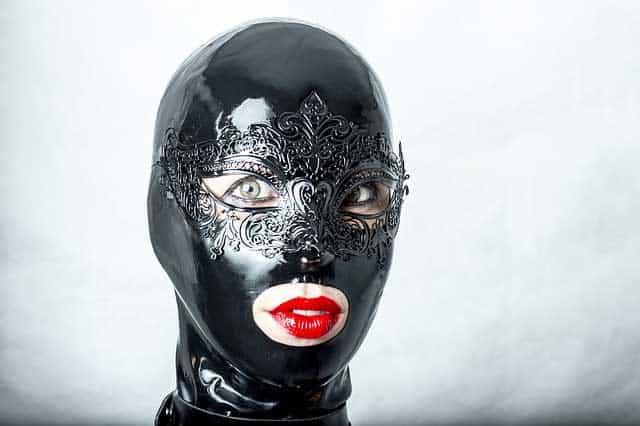 Bondage Maske aus Latex