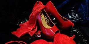 Erotische Dessous für Damen in Rot