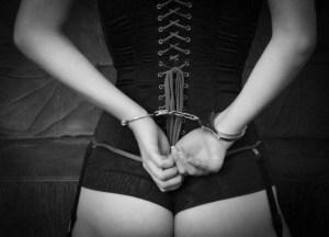 Handschellen als Fesseln