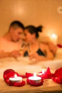 Massagekerzen - für eine erotische Partnermassage
