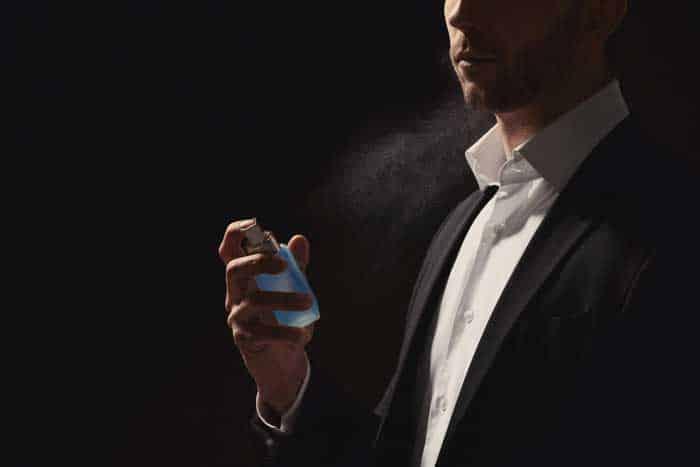 Mit Pheromone als Duft Frauen anlocken de.depositphotos.com